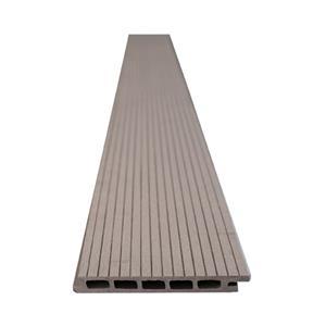 Drevoplastový obkladový materiál.